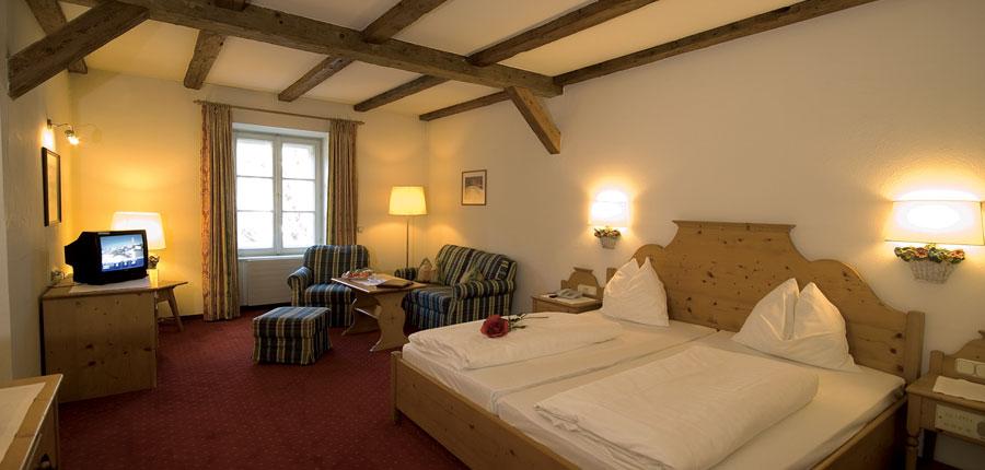 Hotel Tiefenbrunner, Kitzbühel, Austria - Twin bedroom 2.jpg